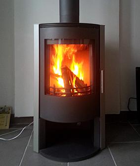cheminees garnier fabrication et installation de cheminees traditionnelles contemporaines. Black Bedroom Furniture Sets. Home Design Ideas